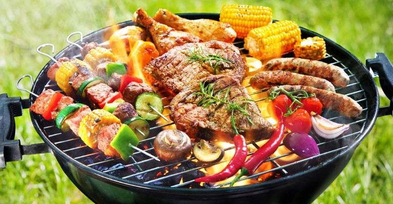 come-sgrassare-barbecue-a-carbonella